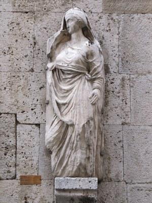 Una visita di Piazza dei Miracoli – Nome: Pisa – Segno zodiacale: Ariete
