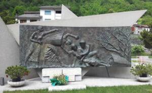 museo della guerra di timau, monumento alle portatrici