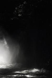 acqua che vola alle cascate delle marmore
