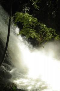 acqua potente cascate delle marmore