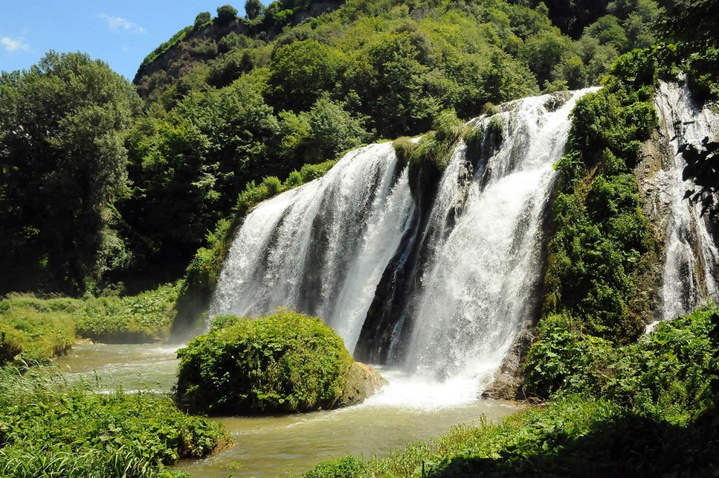 salti d'acqua alle cascate delle marmore