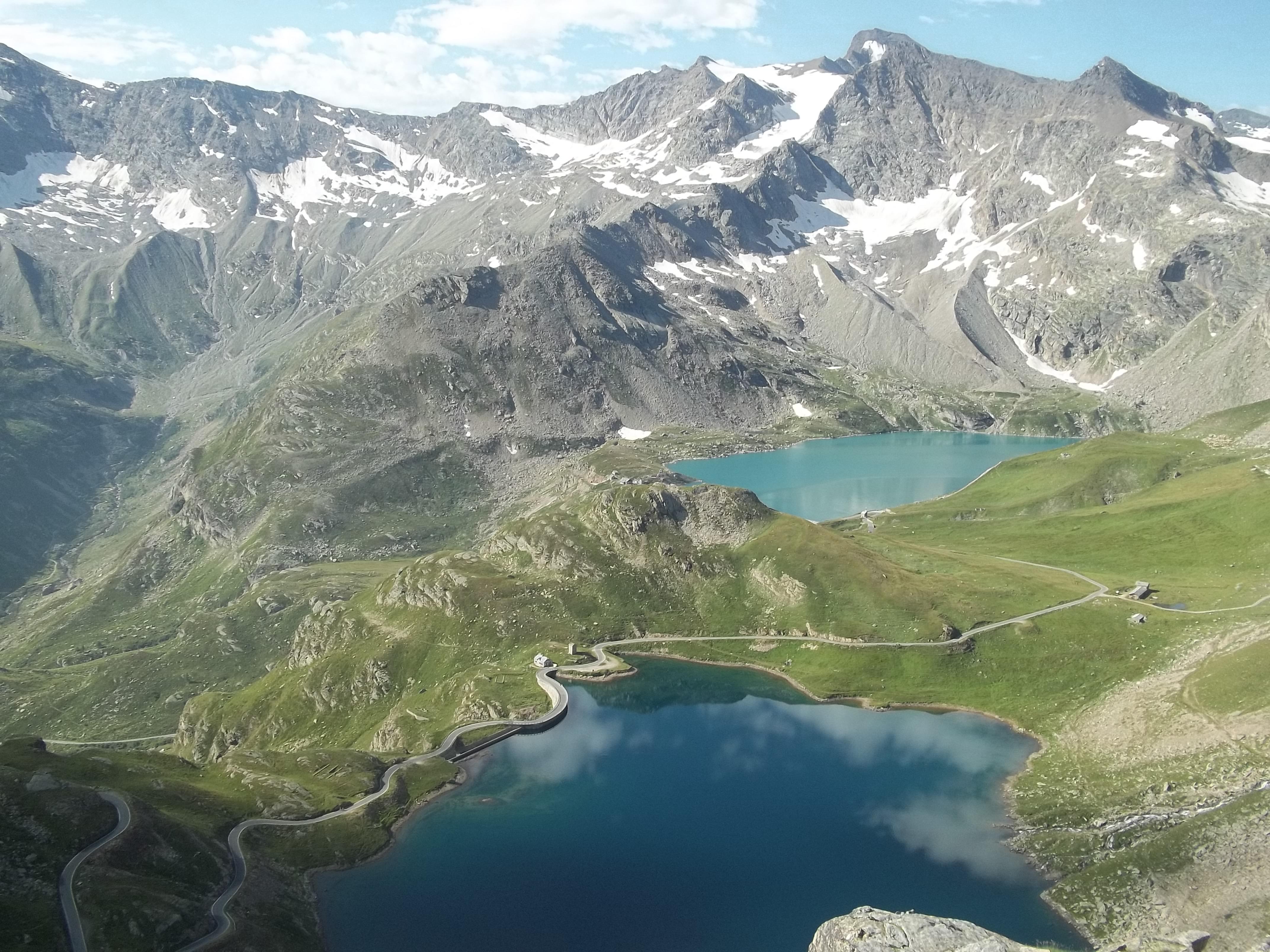 Lago Serru e Agnel nel parco nazionale del gran paradiso