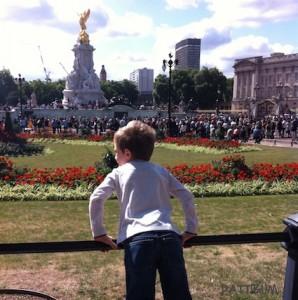 London, Changing Guard