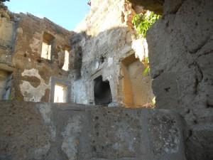 ruderi a Civita di Bagnoregio