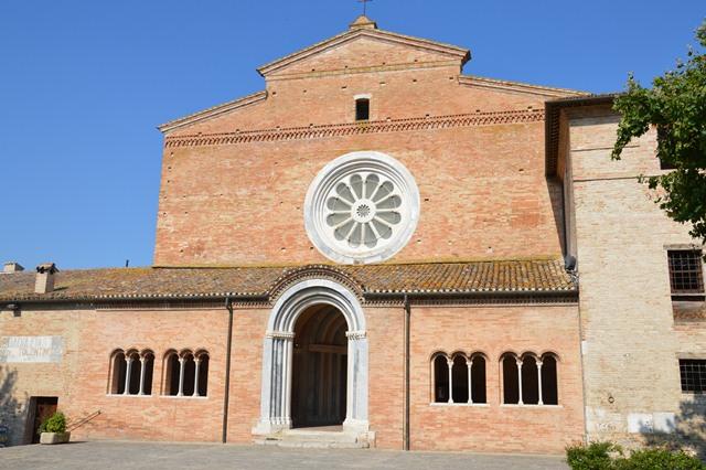Abbazia di Chiaravalle di Fiastra