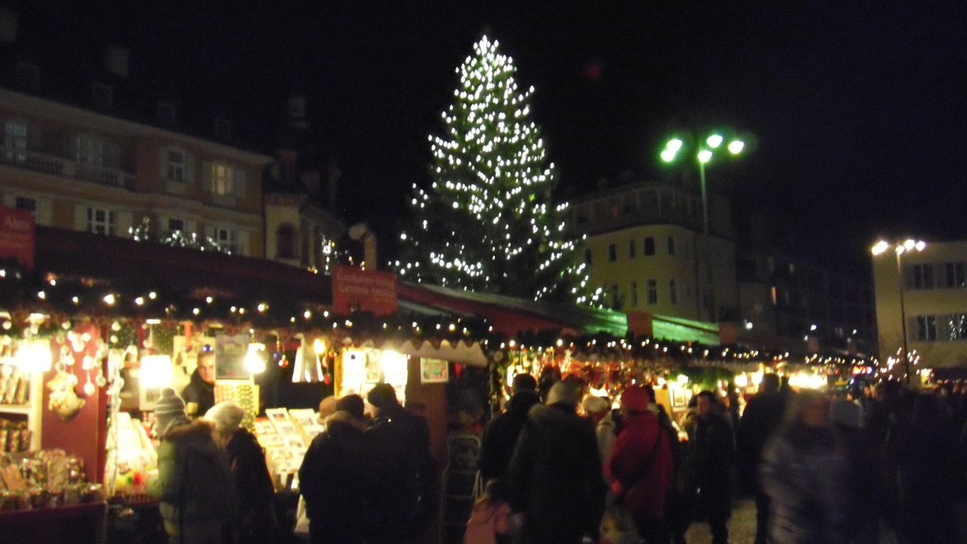 mercatino dellartigianato piazza municipio bolzano weather - photo#7