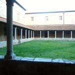 Il chiostro della Chiesa di S. Agostino a Massa Marittima