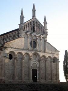 La facciata romanica del Duomo di massa marittima