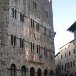 Massa Marittima: Le torrette che compongono il Palazzo Pretorio