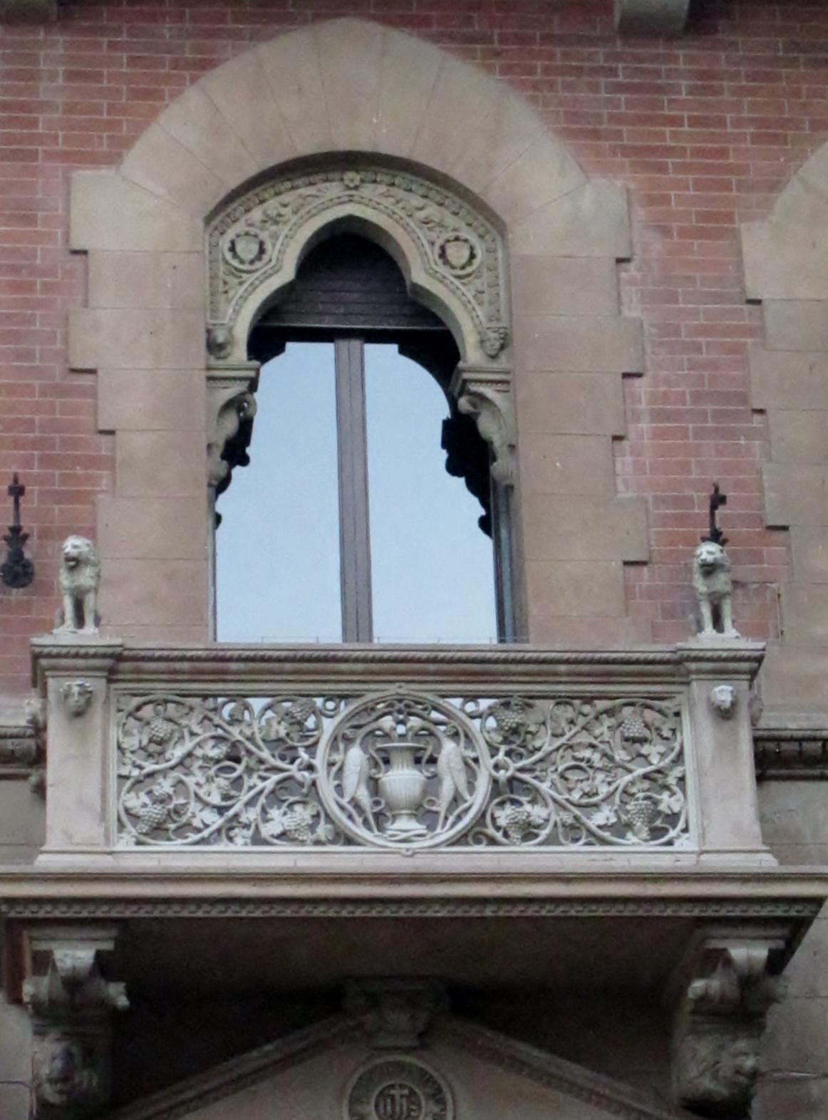 Balconi medievali a Massa Marittima