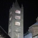 Il campanile di Massa Marittima illuminato