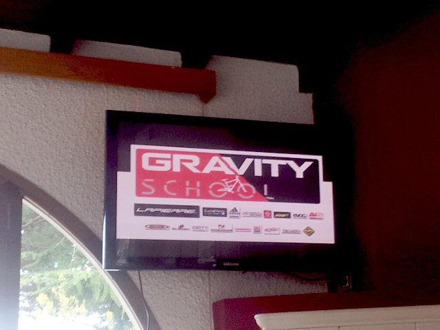 gravity school hotel alpino