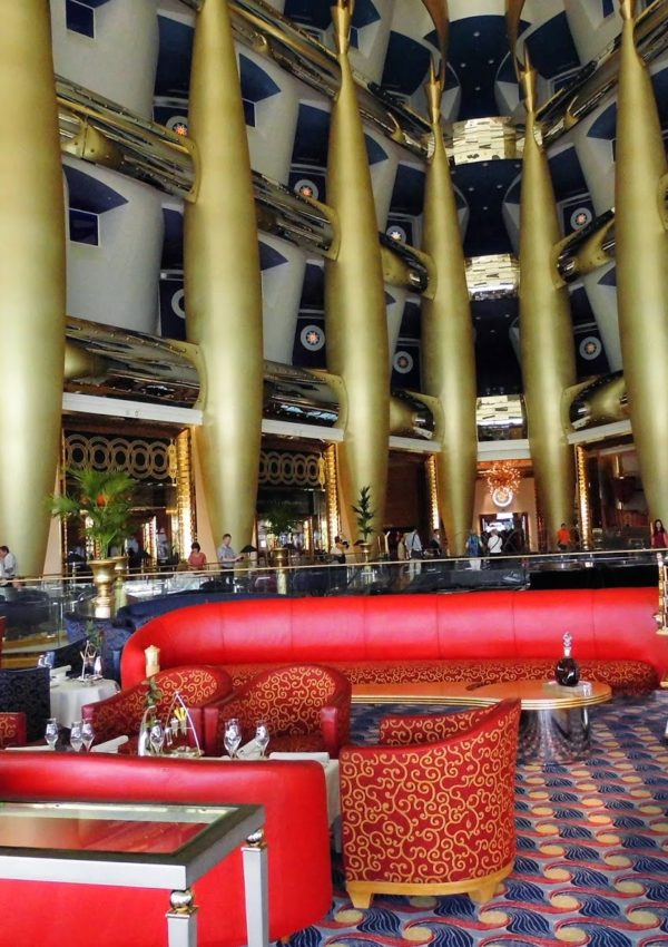 Dubai: afternoon tea al Burj Al Arab