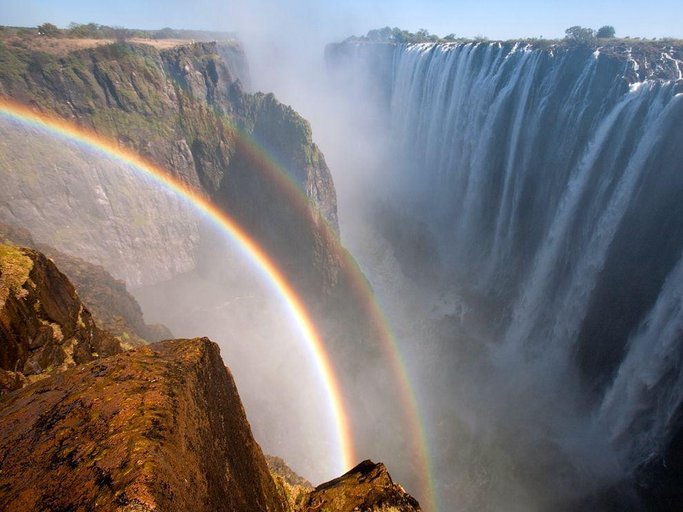 rainbow-victoria-falls-zambia