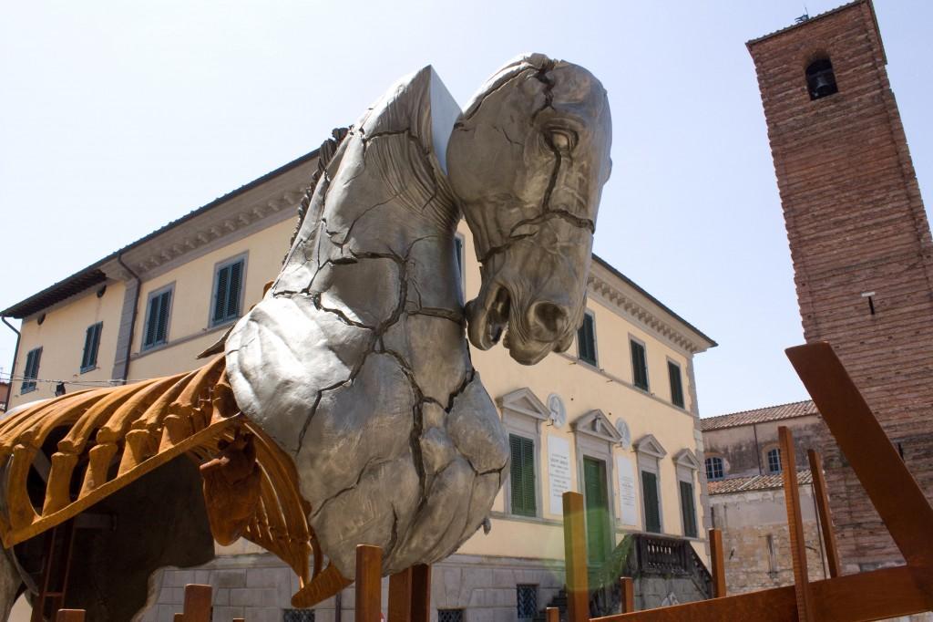 Campanile in Piazza Duomo