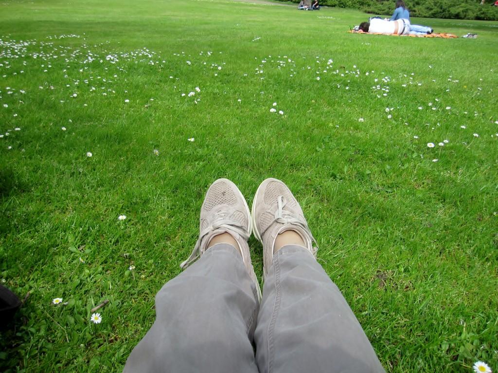 Foot selfie nel parco