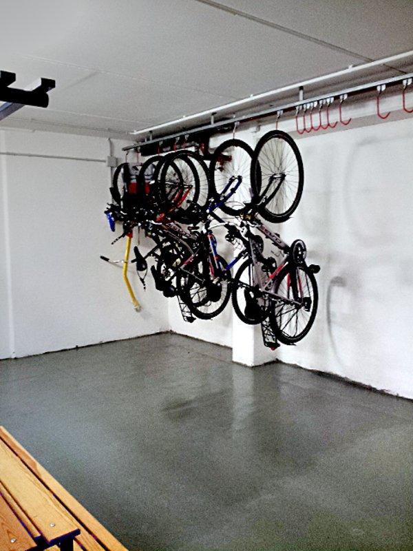 deposito bici hotel ungheria