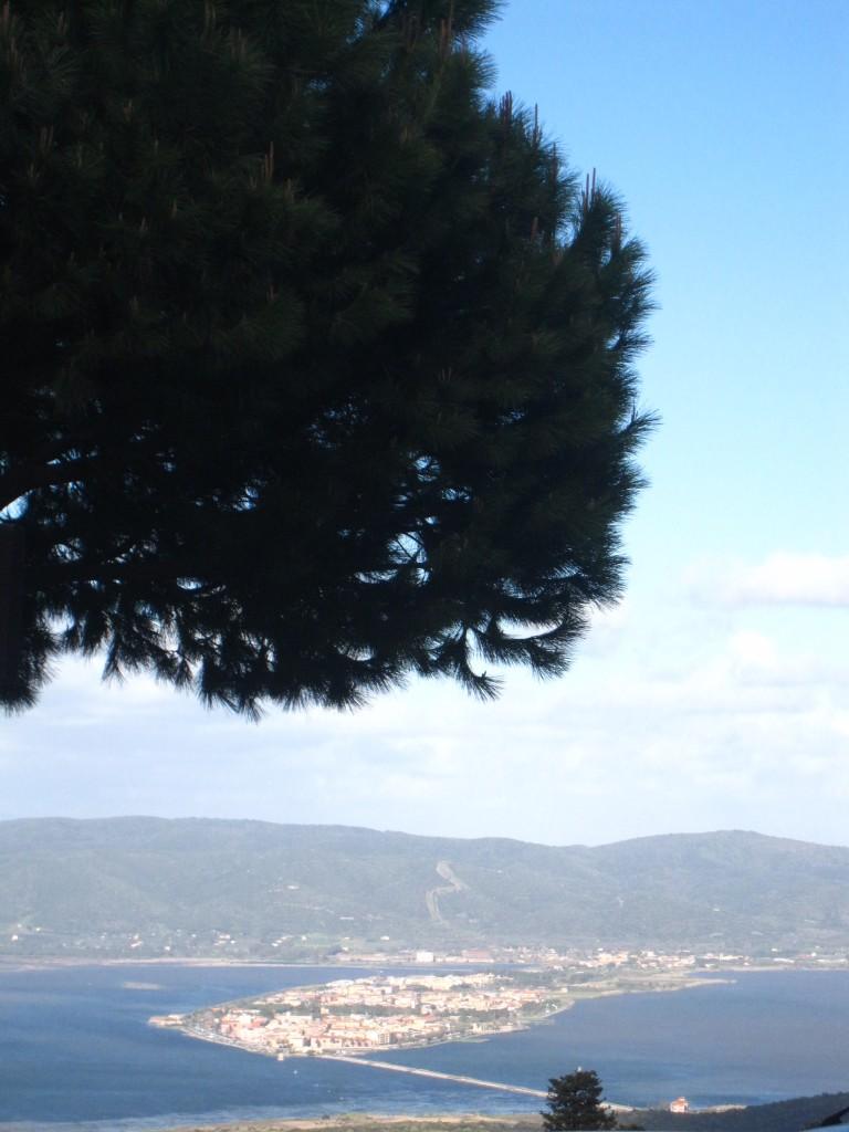 La cittadina di Orbetello adagiata nel centro della laguna