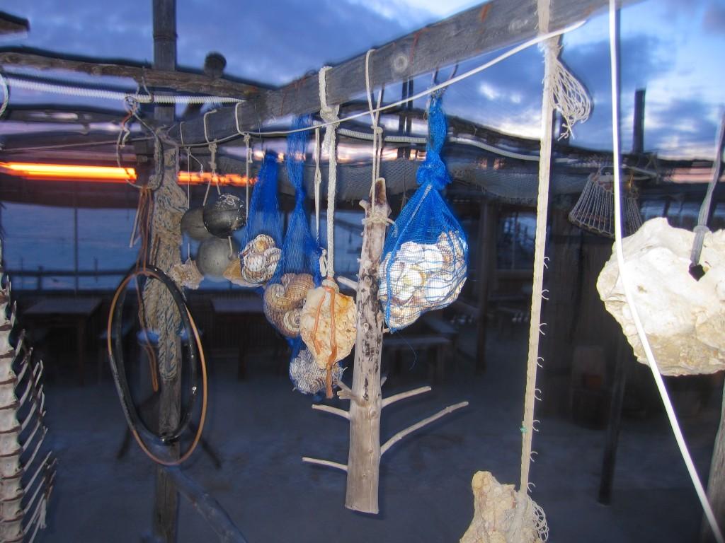 Decorazioni marine sul trabucco