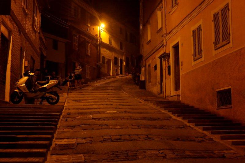 scala Castelfidardo