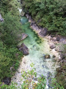 vista-dallalto-sul-fiume