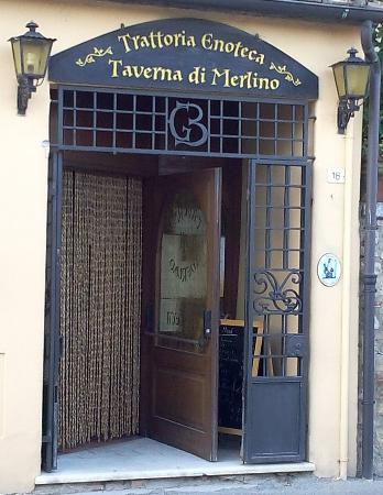 taverna-di-merlino 1