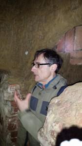 La guida racconta, dai sotterranei, come era disposta la città di Siena in passato