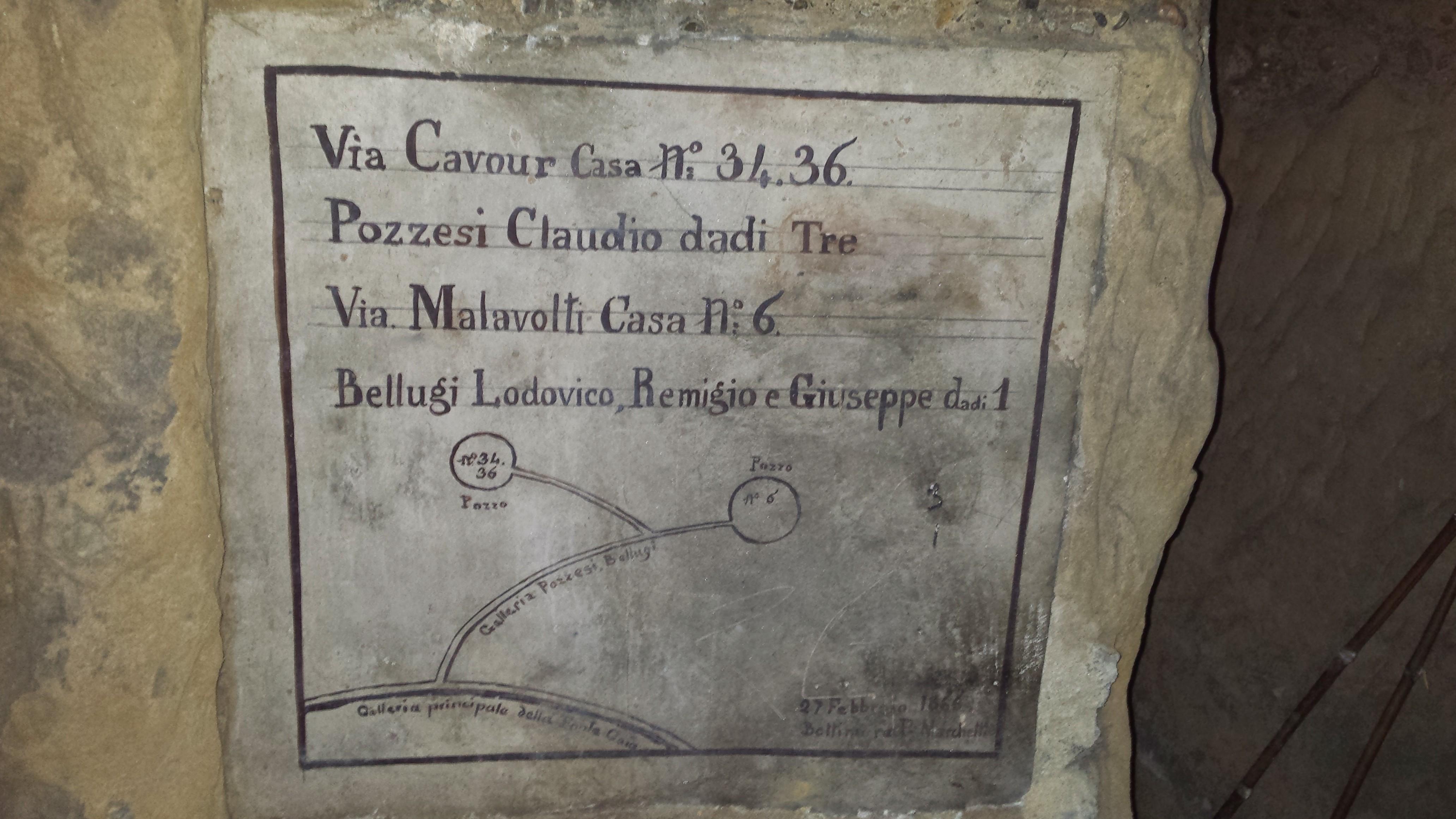 """Le tabelle ad ogni """"incrocio"""" raccontano il vissuto della Città di Siena"""