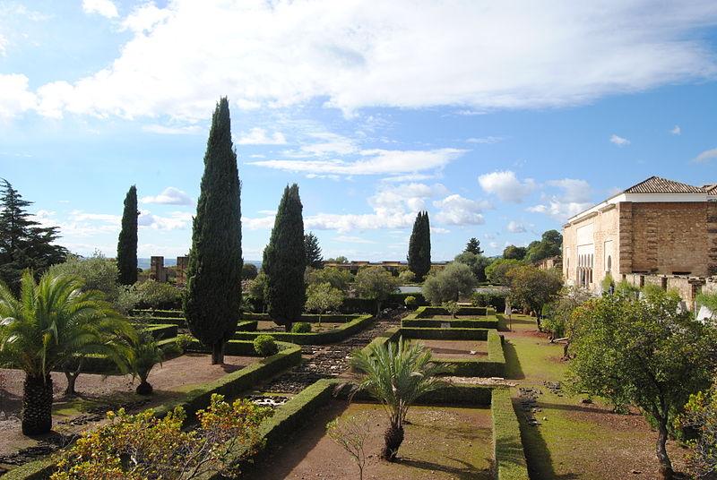 Uno dei giardini ricostruiti dagli archeologi della Medinat al-Zahra