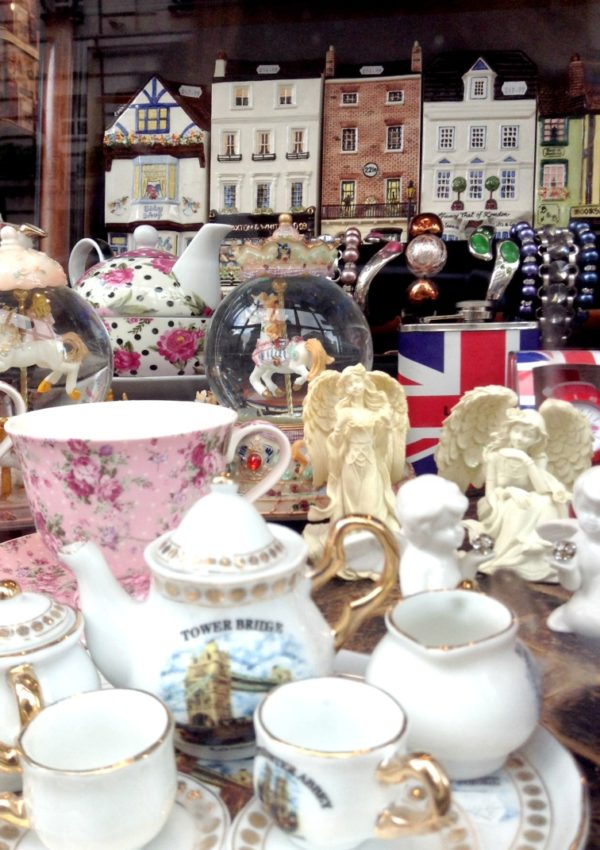 Afternoon Tea time: vieni a prendere un tè a Londra?