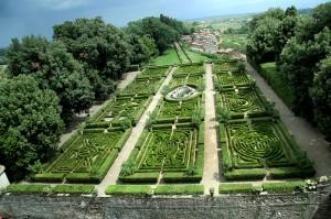 Il giardino formale del Castello Ruspoli di Vignanello