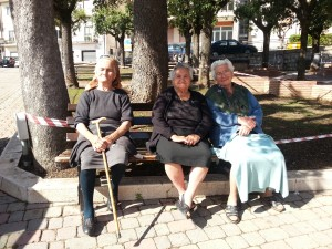 Savoia di Lucania: anziani sulla panchina