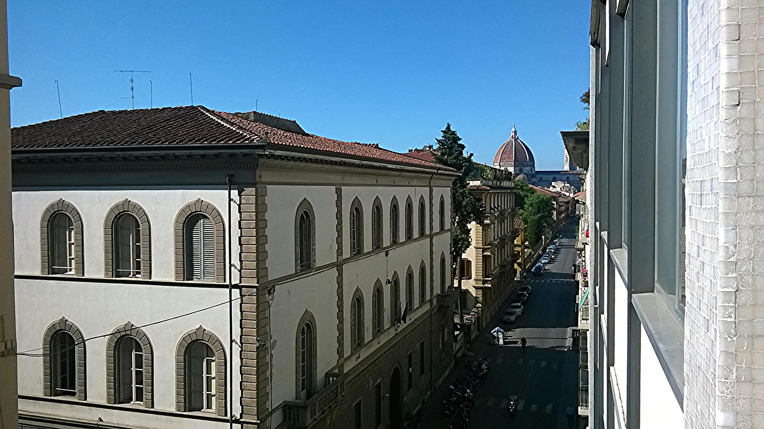 Dormire low cost a firenze wow florence hostel trippando for Dormire low cost milano