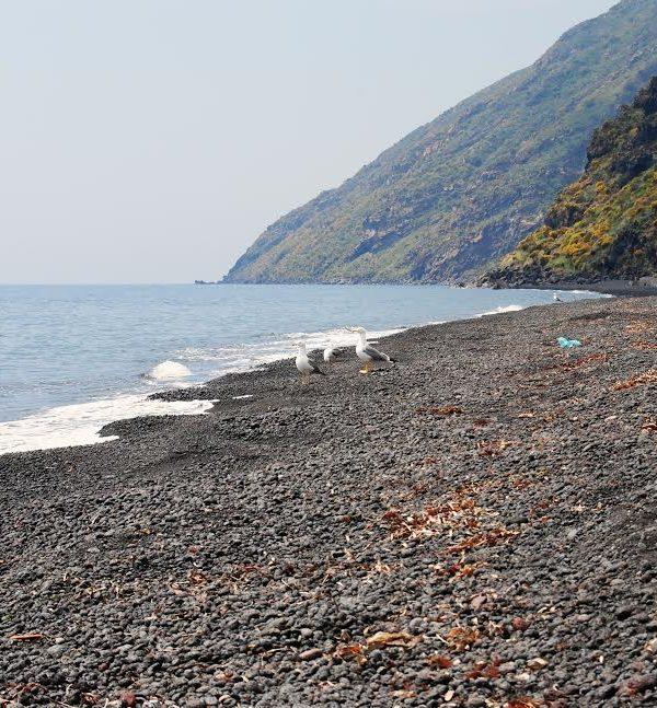 spiaggia di stromboli