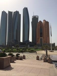 vista dell'emirates palace a abu dhabi
