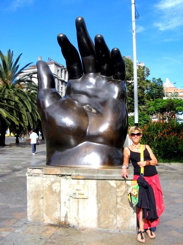 Medellin - Plaza de las Esculturas