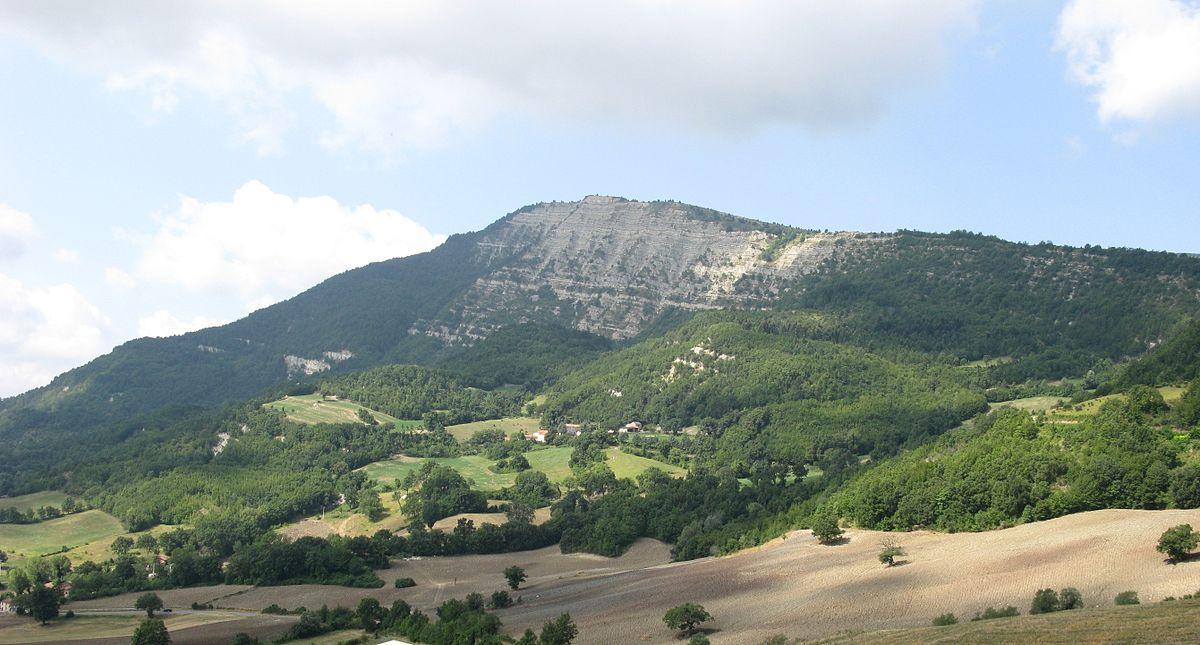 Monte_Carpegna_II - wikipedia