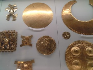 manufatti in oro finemente lavorati