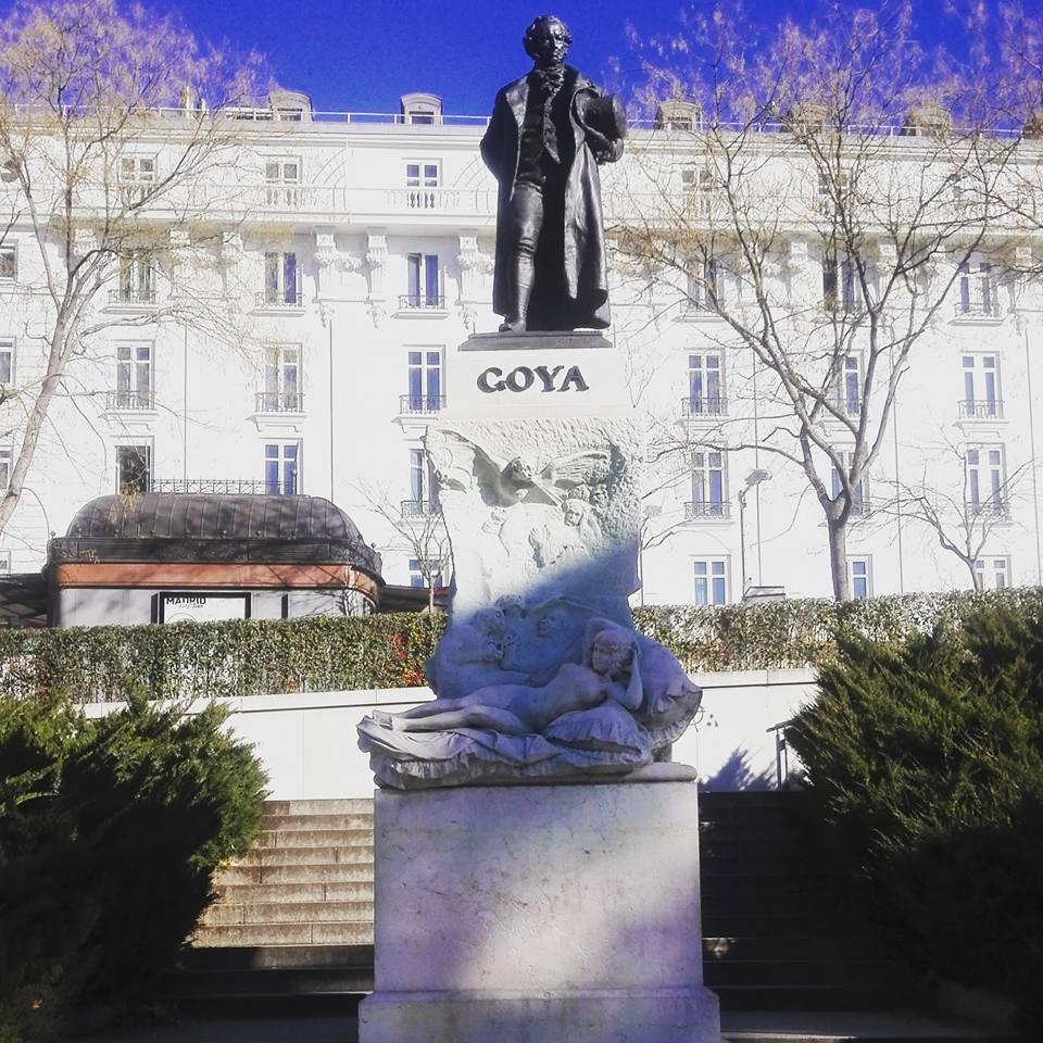 Statua di Goya, fronte El Prado