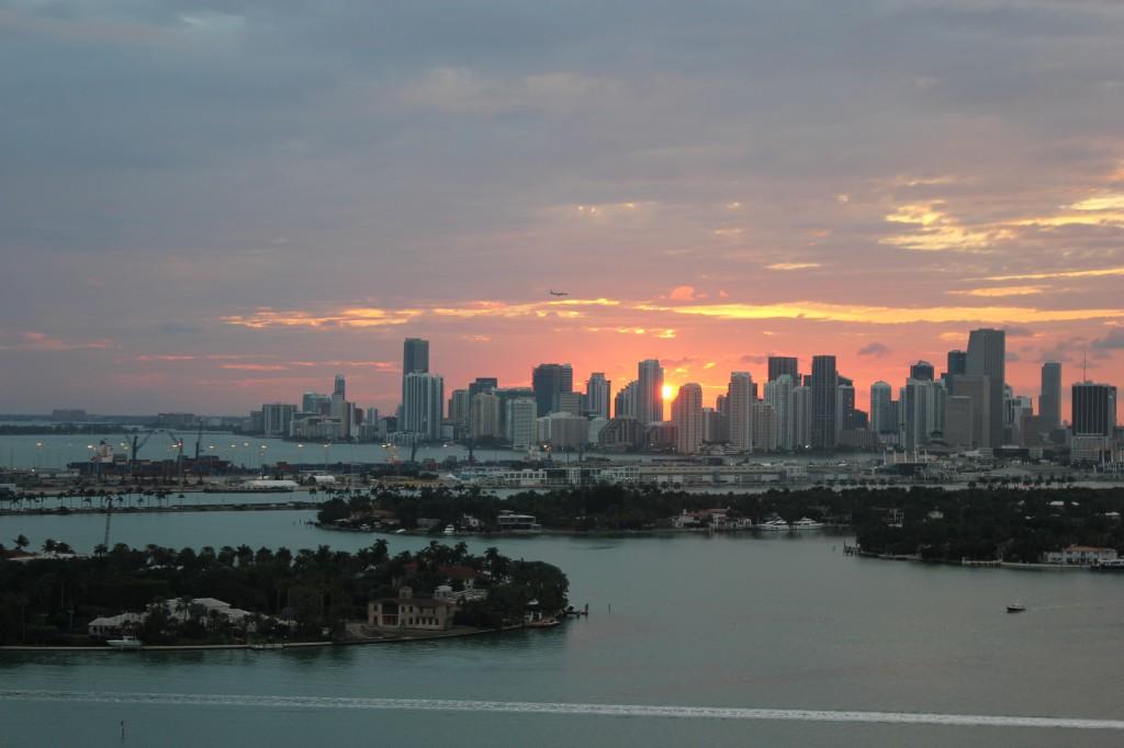 tramonto a maiemi skyline