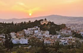 tramonto nel quartiere di Thissio ad Atene
