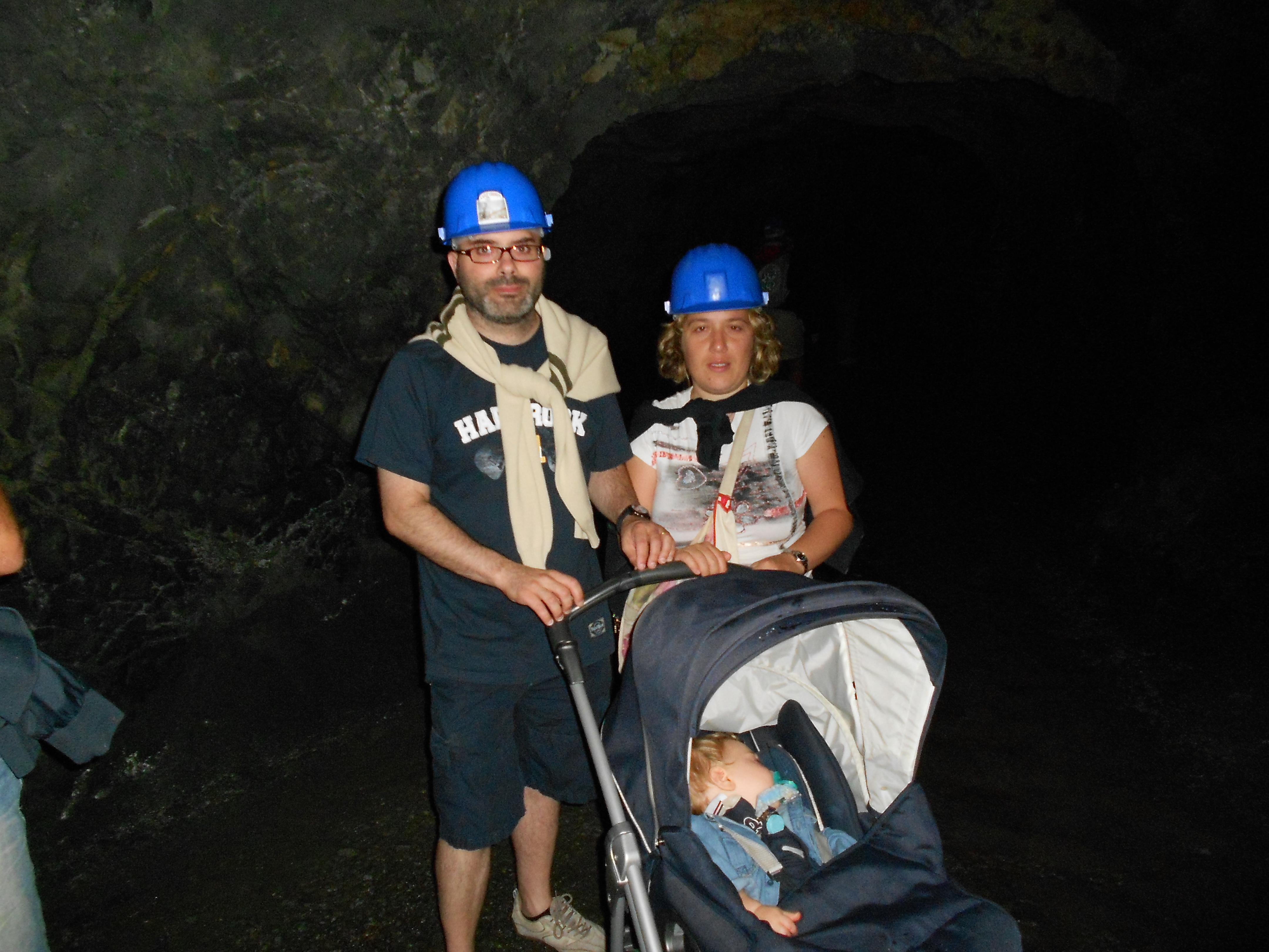 miniere calamita con bambini