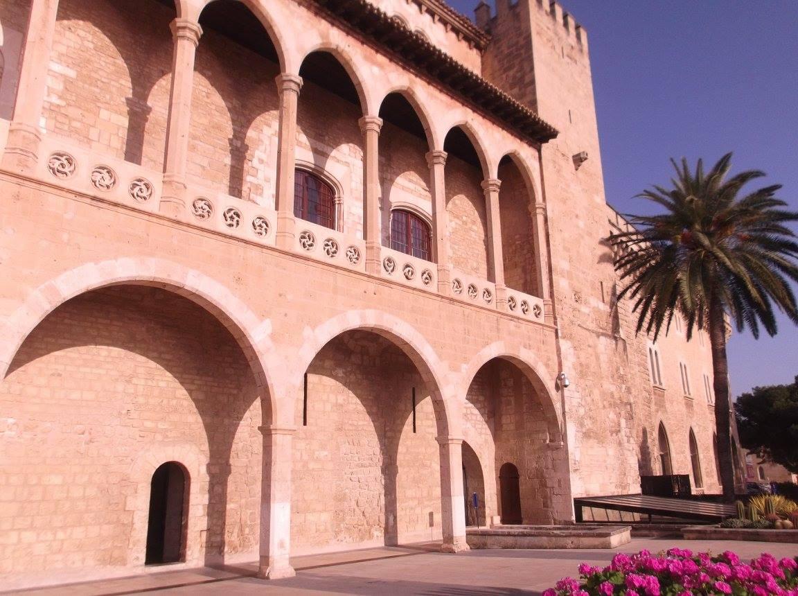 palazzo dell'almudaina a palma di maiorca