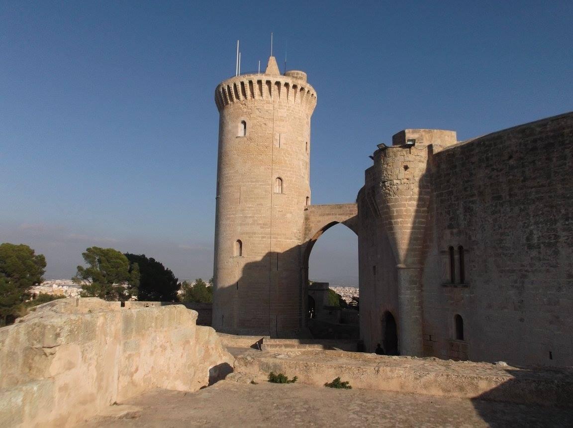 castello del belvedere a palma di maiorca