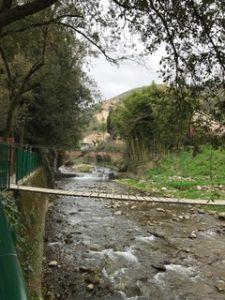 attraversamento sul fiume pescia