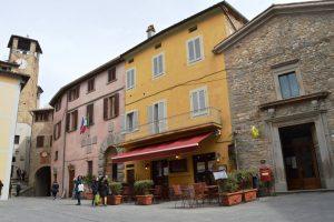 Montone Piazza Braccio Forebraccio