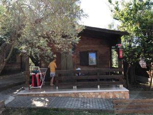 casetta di legno albergo il giardino