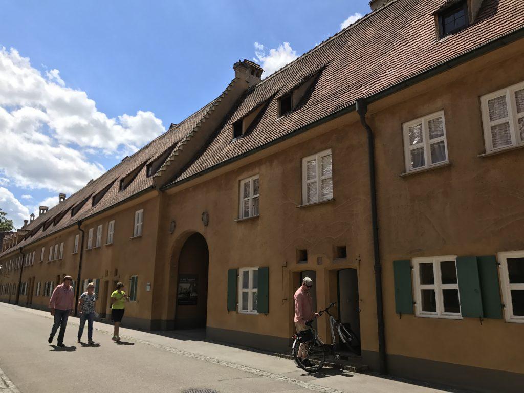 fuggerei le case popolari più antiche d europa