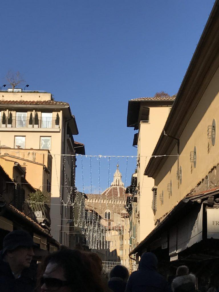 firenze vista della cupola del brunelleschi dal ponte vecchio