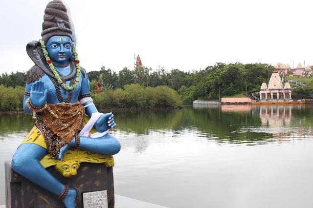 grand bassin mauritius tempio